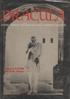 ISBN 0883652706, Código de Barras 9780883652701, Origem Importado, Idioma Inglês, Categoria Livros, Autor Raymond T. McNally, Título In Search of Dracula - A True History of Dracula and Vampire Legends, Editora New York : Galahad Books, Edição 1ª Edição, Ano 1972, Assunto Literatura Estrangeira, Páginas 223, Peso 900 gramas, Conservação Produto Usado